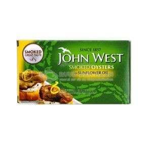 Een doos gerookte oesters van het merk John West