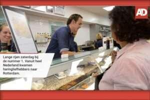 Vishandel Ruud den Haan scoort een tien met hun haring - Getest van het Algemeen Dagblad